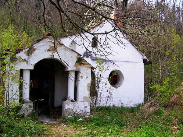 Abandoned farmhouse somewhere in Europe...