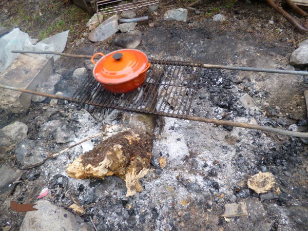 Cooking over an open fire with a Dutch oven