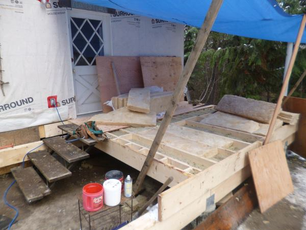 All the insulation is in place - total R Value is 36